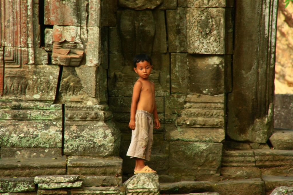 'Two for one Dollar…': The children of Angkor