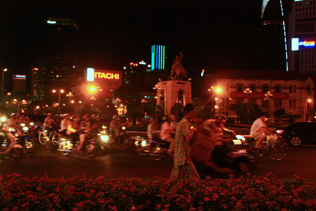 New Olympic discipline: Crossing the streets in Saigon!